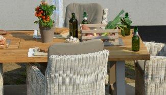4seasons-outdoor-indigo-dining-provance-detail-3-1549658050-1549660420-1549661953-1549888004-1549888077-1579620614-1582105340.jpg