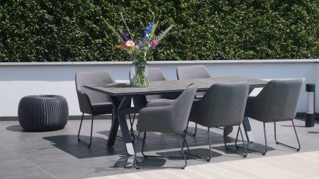 4 seasons outdoor amora dining