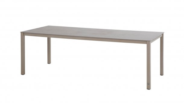 4seasons outdoor rivoli tafel