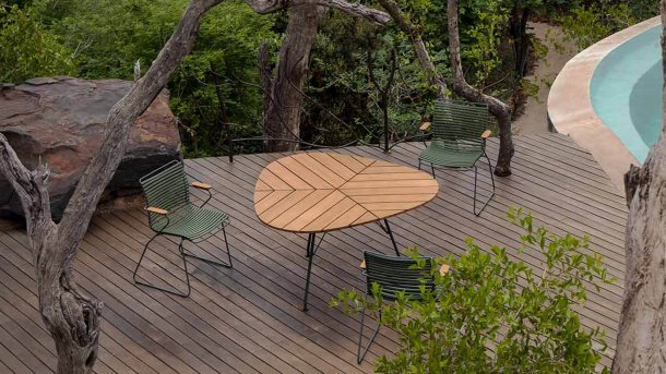 houe click pine green leaf table